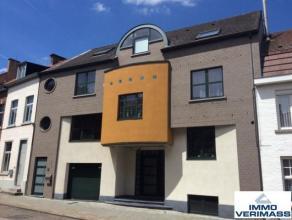 Prachtig, architecturaal vormgegeven appartement over 4 verdiepen.Ideaal voor een modern en trendy koppel.Het appartement beschikt over een ruime leef