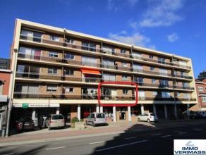 Mooi en goedgelegen appartement met 2 slaapkamers. Nabij IMEC, Gasthuisberg, E40, bushalte, ... Indeling: inkomhal, ingerichte keuken, ingerichte badk