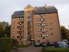 Mooi duplexappartement op de 6de verdieping gelegen te Hertogstraat 143 bus 601 in Heverlee.  Dit appartement omvat 2 ruime slaapkamers met inbouwka
