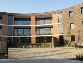 Prachtig en ruim nieuwbouw appartement op de gelijkvloers, gelegen in een verkeersluwe straat vlakbij het centrum van Leuven. Winkels, restaurants, sc