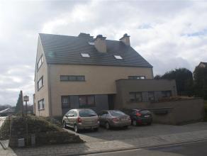 Mooi  recent duplexappartement gelegen op een zeer goede locatie nabij  centrum Leuven, de Sportoase, Haasrode researchpark, scholen en winkels.  He