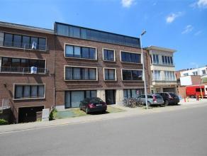 2-slaapkamer gelijkvloers appartement te Heverlee:  Ruim appartement (bj 2006) uitstekend gelegen in een klein gebouw net buiten de ring van Leuven.