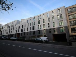Mooi recent appartement (bouwjaar 2012) met zeer groot terras!<br /> <br /> Het appartement omvat een ruime living met open keuken, berging, 2 slaapka