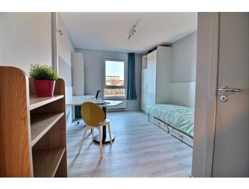 Kot-Kamer te huur in Namur, € 437