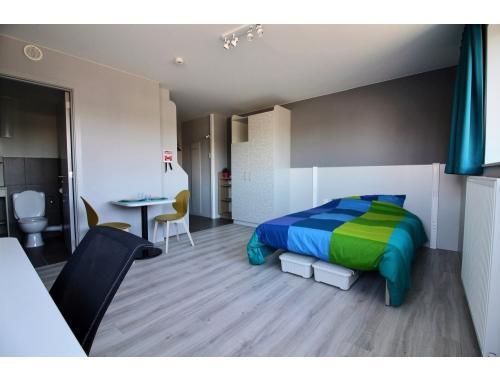 Kot-Kamer te huur in Namur, € 566