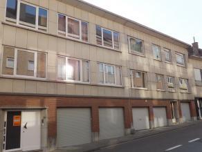 Appartement met 1 slpk op rustige ligging vlakbij winkels, openbaar vervoer en ring van Leuven. Omschrijving: inkomhal met vestiairekast, living met t