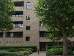 Dit appartement op de derde verdieping is gelegen in residentie 'Beautiful' in de rustige groene omgeving van Kessel-Lo. Met het Provinciaal domein al