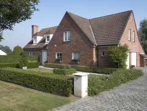 Tony en Pascale, de huidige eigenaars van deze woning, verhuizen. Daarom staat hun woning gelegen te Kortrijk, Bohemenberg 19 te koop. Meer info over