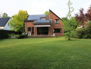 Instapklare, energiezuinige villa in de bosrijke en residentiele verkaveling 'Steenveld' in Linden. De woning werd in 2006 gemoderniseerd (kkn en badk