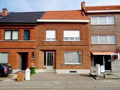 Deze ruime woning met grote tuin, kelder, 4 slaapkamers en een garage is gelegen aan het Provinciaal domein, op enkele minuten van de oprit E314, Leuv