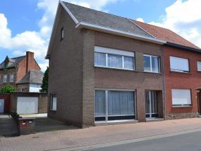 Ben je op zoek naar een betaalbare maar grote woning met 3-5 slaapkamers, midden tussen scholen en winkels en op fietsafstand van Leuven ? GV : inkom,