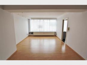 Appartement met 2 slaapkamers te huur op de ring van Diest, Commissaris Neyskenslaan 5. Het appartement is gelegen op de tweede verdieping in een gebo