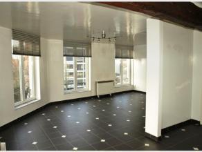 Duplex Appartement met 1 slaapkamer te huur te Diest, Henri Verstappenplein 14.Het appartement is gelegen op de tweede verdieping in een hoekgebouw me