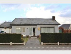 Gelijkvloerse WONING met 2 slaapkamers, garage en tuin te huur te Diest-Schaffen, Zelemseweg 10.De woning is dadelijk beschikbaar en omvat : kelder, g