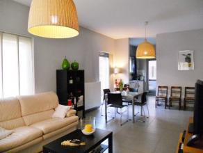 Gelijkvloers appartement te huur in centrum Diest.  Dit recent en modern appartement bestaat uit een inkomhal, apart toilet, woonkamer met veel lichti
