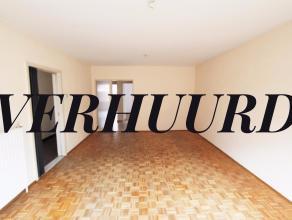 Appartement met 2 slaapkamers en terras te huur in het centrum van Diest, Drie Haringenstraat 1. Het appartement is gelegen op de tweede verdieping in