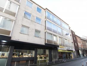 Appartement met 2 slaapkamers te huur in het centrum van Diest, Leuvensestraat 2. Het appartement is gelegen op de tweede verdieping in een gebouw met