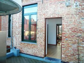 Ruim duplex APPARTEMENT met 3 slaapkamers en terras te huur in het centrum van Diest, Leuvensestraat 11. Het appartement is gelegen op de eerste verdi