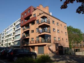 Leuk APPARTEMENT te huur in het centrum van Diest, Veemarkt 21. Het appartement is gelegen op de tweede verdieping in een residentie met lift en zicht