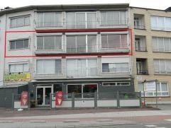 Gunstig gelegen appartement met 3 slaapkamers nabij het centrum van Diest. De INDELING: Woonkamer, keuken, 3 slaapkamers en badkamer. Op dezelfde verd