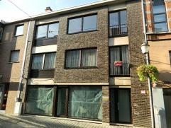Ruim appartement met 3 slaapkamers in het centrum van Diest. Gelijkvloers: Privatieve berging Verdieping 2: Inkom-/Nachthal, woonkamer, keuken, bergin
