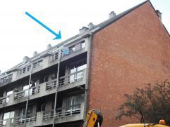 Gezellig en knus appartement in het centrum van Diest, op slechts enkele minuten van het station. Het appartement bevindt zich op de 4e verdieping en