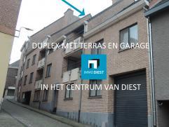 Gezellig dakappartement (duplex) vlak aan de Grote Markt van Diest gelegen. Het appartement ligt op de 2e verdieping en is bereikbaar per lift en tra