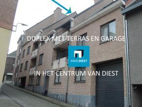 Gezellig dakappartement (duplex) vlak aan de Grote Markt van Diest gelegen. Het appartement ligt op de 2e verdieping en is bereikbaar per lift en trap