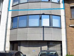 Leuk, luchtig appartement met één slaapkamer binnen de ring van Diest. Kort bij het centrum van de stad en het station.   Wenst u dit