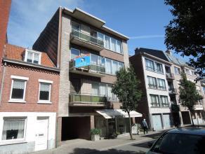 Ruim appartement met 3 slaapkamers op topligging in het centrum van Diest.  Waarom dit appartement huren? + Topligging op 30m van winkelstraat;  +