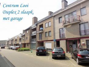 Deze ruime duplex gelegen in het centrum van Tessenderlo heeft 2 slaapkamers en een garage. <br /> Op de tweede verdieping is een ruime leefruimte met