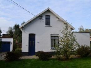 Karaktervolle vrijstaande woning (188m²) met tuin op een oppervlakte van 830m² in een doodlopende straat. De woning omvat op het gelijkvloer