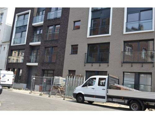 Appartement te huur in Brussel, € 1.100