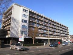 Goed gelegen 1 slaapkamer appartement met lift aan de rand van Leuven, openbaar vervoer,trein,school en winkels in de buurt. EPC:140 kWh/m2. Indeling: