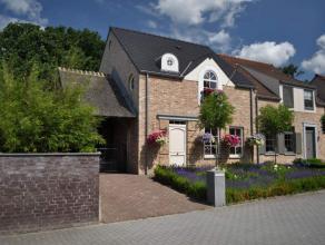 Prachtige verzorgde HOB pastorijwoning gelegen in het Lindelhoeven van de gemeente Overpelt met klein beschrijf! Lindelhoeven is een prachtig landelij