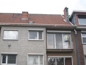 Gerenoveerd appartement te Hasselt op wandelafstand van het centrum en kort bij het station. Het appartement bestaat uit een living, ingerichte keuken