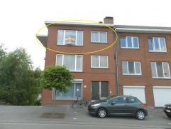 Landen: Instapklaar en uitstekend  onderhouden appartement met 2 slaapkamers.  Aan de Brugstraat in Landen treffen we dit zeer goed onderhouden appa