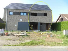 Houthalen: Hedendaags nieuwbouwwoning met 3 slpk en tuin.  Deze knappe half open nieuwbouw woning is gelegen op de Korte Hofstraat nr. 42 te Houthal