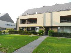 Genk: Mooi gelijkvloers appartement met 2 slpk en terras.  Aan de Onderwijslaan nr.82 te Genk treffen we dit modern gelijkvloers appartement met 2 s