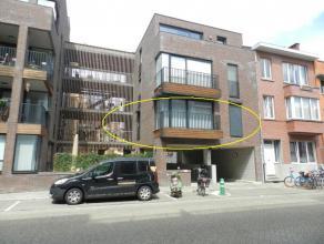 Hasselt: Knap appartement met 2 slpks en terras.  Nabij het centrum gelegen appartement met 2 slpks en autostandplaats.Op directe nabijheid van dive