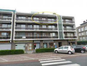 Hasselt: Instapklaar zeer goed gelegen appartement met 1 slpk en terras.  Zeer gunstig gelegen appartement nabij diverse winkels, bakkers en het ope