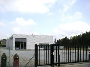 Goed gelegen Handelspand gelegen op de commercieel drukke baan Hasseltweg te Genk. Oppervlakte van het pand bedraagt 300 m² met aan de voor zijde