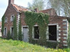 Unieke eigendom in het groen! Het betreft hier een definitief beschermd monument en dorpsgezicht. Deze volmolen heeft een mooie geschiedenis en dient