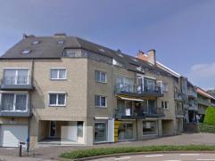 Groot appartement van 180m² te huur op de Bochtlaan 25 bus 23 in Genk centrum. Dit appartement ligt op de 2de en 3de verdieping van een net appar