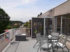 Gezellig appartement met groot terras, gelegen in residentie 'Op De Meer' in Kuringen, vlakbij het centrum, met onmiddellijke aansluiting naar de E313