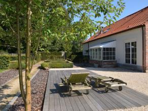 HOEVE MET PRACHTIGE TUIN OP PERCEEL VAN 53A37CA   De woning is gelegen in de Grensstraat in Beverlo bij Beringen.  Zeer rustige ligging aan fiets- e