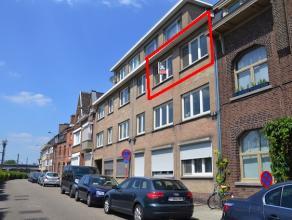 Gerenoveerd appartement met 1 slaapkamer gelegen in het centrum van Hasselt vlakbij de Kleine Ring. Bewoonbare oppervlakte van 40m2.  AANKOOP ONDER