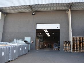 LOGISTIEKE OPSLAGHALLEN gelegen op het industrieterrein Lummen - Heusden-Zolder, vlakbij het verkeersknooppunt Klaverblad E313-E314.<br /> <br /> Di