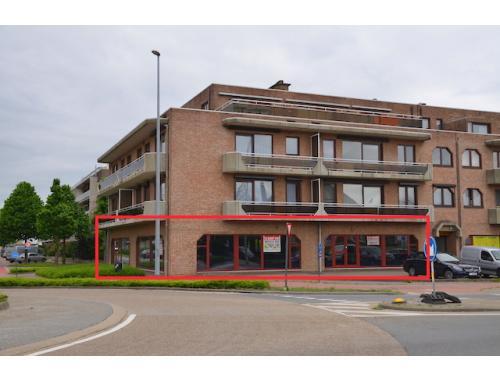 Handelsgelijksvloers te huur in Hasselt, € 3.750