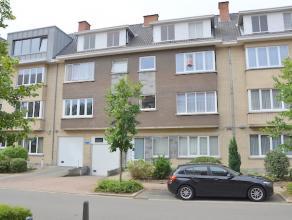 Op te frissen appartement gelegen in de verzorgde residentie Sint-Hubertus. <br /> <br /> Er is recent een nieuwe CV-ketel (aardgas) en PVC ramen met